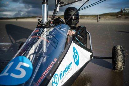Houd je van wind en snelheid? Dan is deze nieuwe sport uit Nieuw-Zeeland dé sport voor jou. Blokarten is makkelijk te leren en al na een korte instructie race jij zelf over het strand. Lekker genieten van de vrijheid op het strand!
