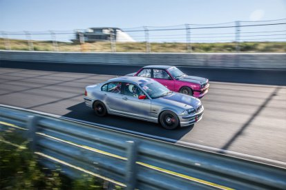 Mee-racen en zelf racen op circuit