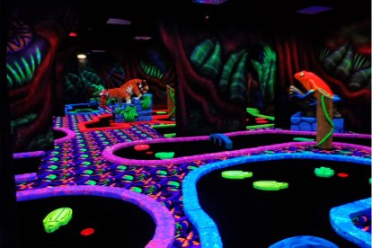 Minigolf: Glow in the dark